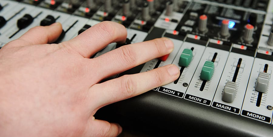 audio-mixer-for-podcasting